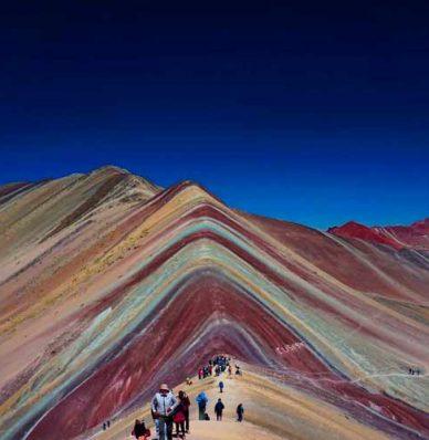 ¿Cuánto cuesta ir a la montaña de 7 colores?