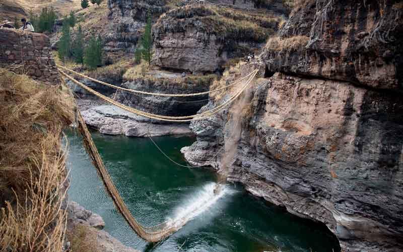 Renovación anual del Puente Q'eswachaka